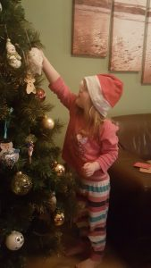 24 family friendly advent activities.