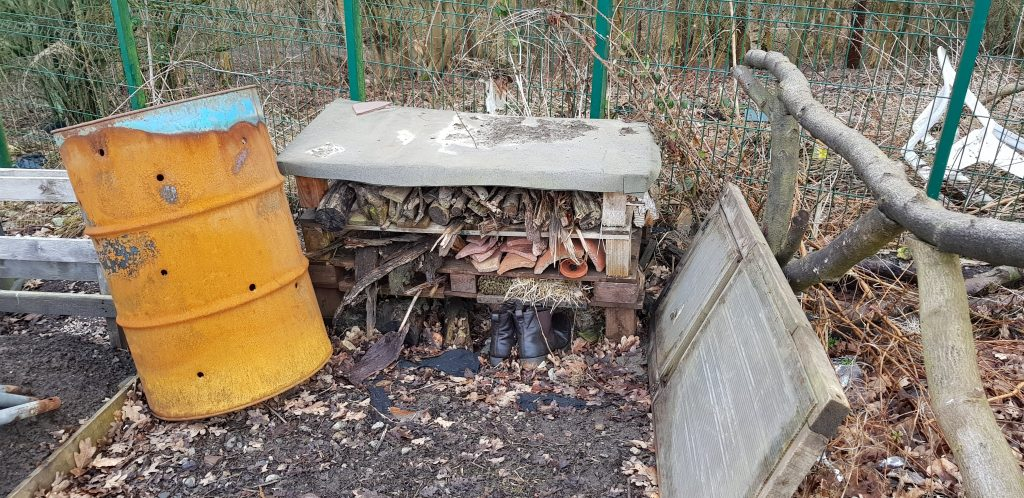Building a bug hotel is a fantastic way to prepare the wildlife in your garden for Winter