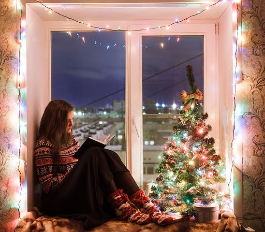 Read a book is a blissful things in winter. Try these other fun activities for kids