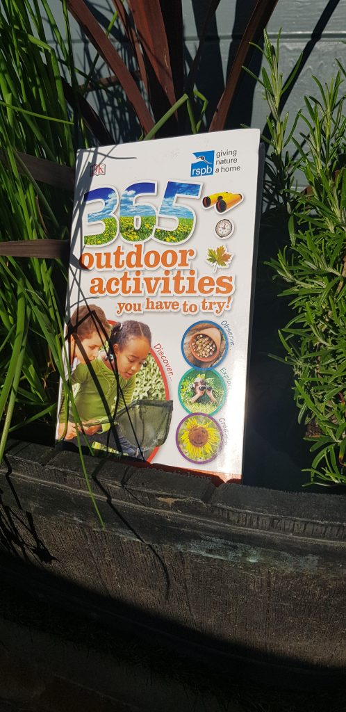 outdoor fun for kids, from preschool kids, toddlers or teens. Fill your summer with these fun, simple activities for back yard fun, alao wondeeful for woodland walks, nature days, taking to the park or even camping. So many ideas for cheap or free fun anytime!
